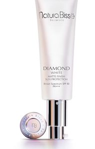 DIAMOND WHITE SPF 50 PA+++ MATTE FINISH SUN PROTECTION